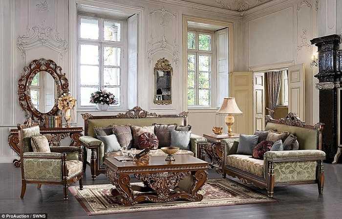 Căn nhà thuộc về một vị Hoàng tử Ả Rập và tiềm lực tài chính dồi dào của chủ nhân mang lại cho nó một vẻ sang trọng ngất trời thể hiện qua những đồ nội thất đắt tiền
