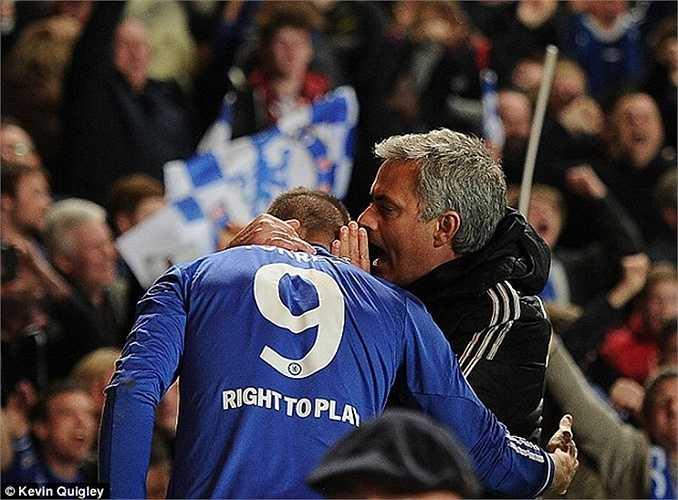 El Nino gia nhập Chelsea đầu năm 2011 với số tiền 50 triệu bảng. Tuy nhiên Ancelotti, Rafa Benitez rồi cuối cùng là Mourinho đều thất bại trong việc hồi sinh cựu cầu thủ Liverpool