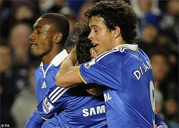 Số 9 tại Chelsea không hề được coi trọng. Nó thậm chí thuộc quyền sở hữu của 1 cầu thủ trẻ ít tên tuổi như Franco di Santo