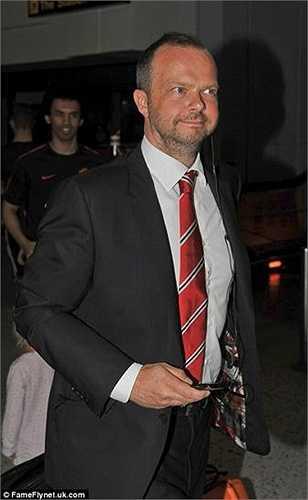 Đứng sau những thương vụ chuyển nhượng chóng vánh của Man Utd là Phó GĐĐH - Ed Woodward