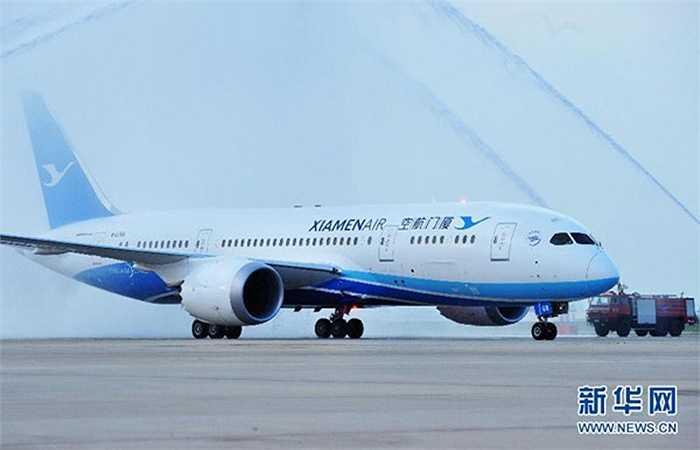 Thành phố Phúc Kiến có tới 8.744.367 nhà giao dịch chứng khoán, tương đương 3,71% dân số thành phố. Trong ảnh là chiếc máy bay Boeing 787 tại một sân bay ở Xiamen, Phúc Kiến
