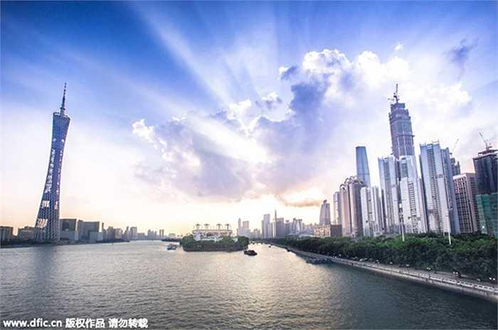 Quảng Đông có 23.053.411 nhà đầu tư, tương đương 9,77% dân số.