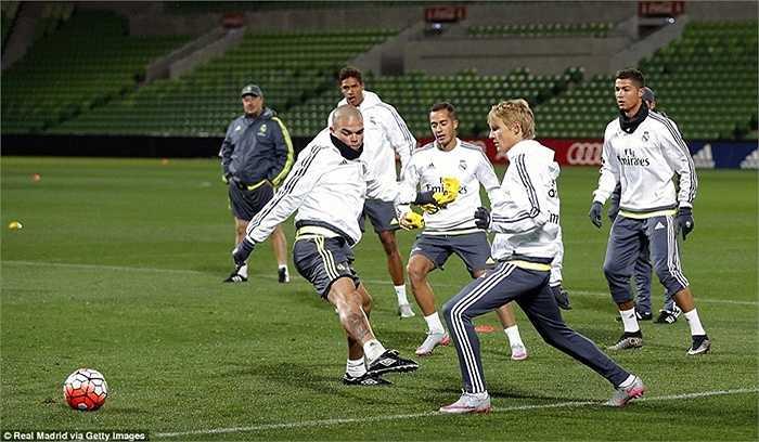 Chuyến du đấu ở Australia giúp Real Madrid kiếm bộn tiền. Sau 4 trận, đội bóng Hoàng gia Tây Ban Nha sẽ có 19 triệu euro