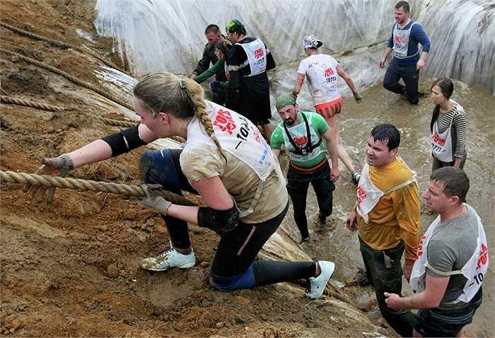 Theo ban tổ chức cuộc thi, phần thi ở bờ biển là khó nhất