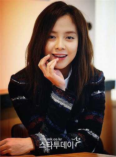 Gương mặt ngây thơ của Ji Hyo gần như không thay đổi theo thời gian.