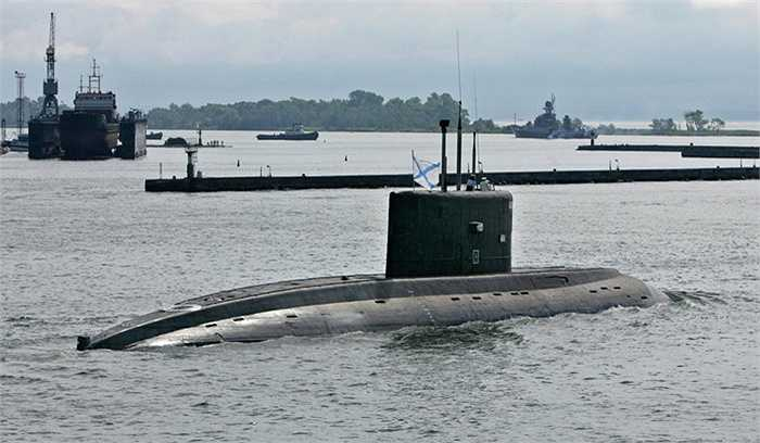 Kilo thường được trang bị tên lửa chống hạm, tên lửa đối không, ngư lôi và mìn