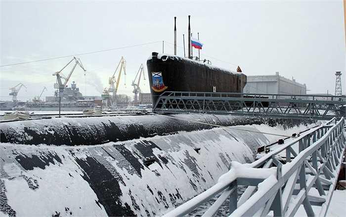 Tàu ngầm Yuri Dolgoruky thuộc lớp Borei