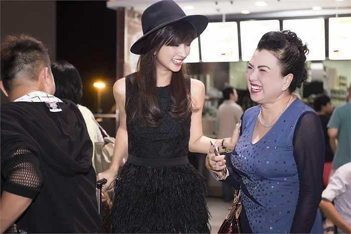 Có thể thấy, Kim Tuyến được thừa hưởng nhiều nét đẹp từ mẹ.