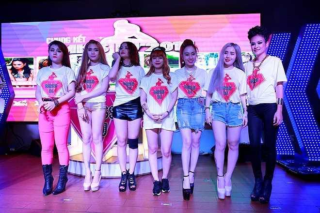 Miss DJ được khởi động từ ngày 1/6. Cuộc thi thu hút nhiều thí sinh trong và ngoài nước tham gia tranh tài. Sau ba tuần sơ tuyển, với các đêm thi hào hứng, ban tổ chức đã chọn ra 7 thí sinh xuất sắc nhất bước vào vòng chung kết.