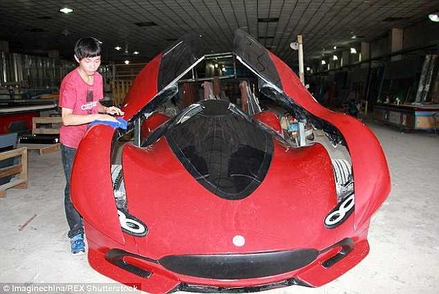 Kinh phí để làm chiếc xe tự chế vào khoảng 3000 bảng Anh (khoảng 100 triệu đồng)