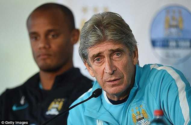 Sterling khoác áo số 7 tại Man City. Anh là cầu thủ đắt giá nhất CLB