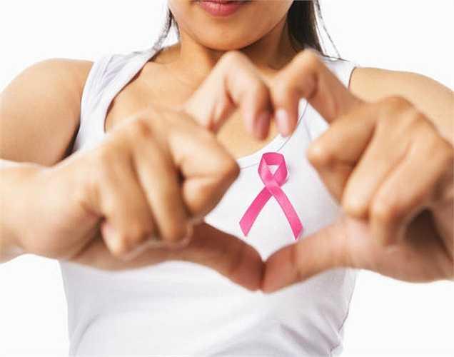Giúp chống ung thư: Lượng cao của chất chống oxy hóa như pinoresinol... có trong dưa chuột giúp giảm nguy cơ một số loại ung thư. Những chất chống oxy hóa giúp loại bỏ các gốc tự do là nguyên nhân gây tổn thương tế bào và ung thư.