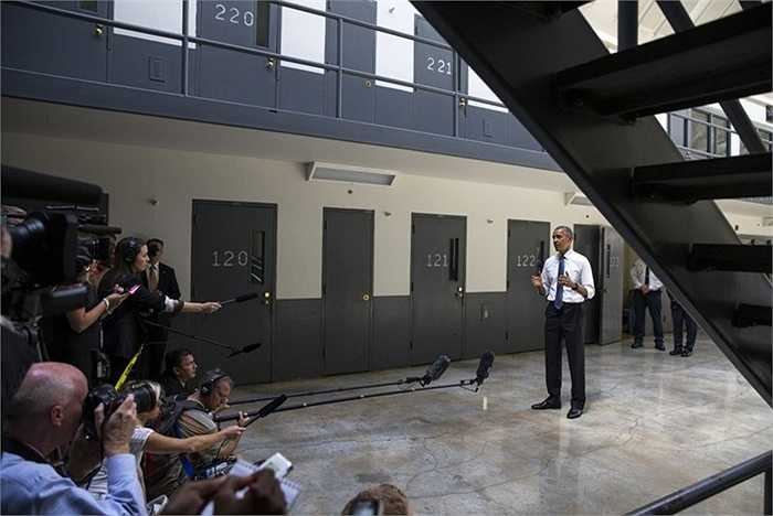 Sau chuyến công tác, Tổng thống Obama có buổi họp báo với các phóng viên
