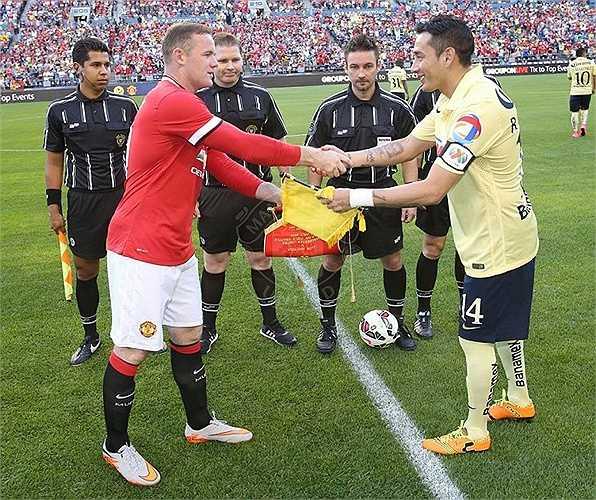 Đây là cơ hội để Van Gaal thử nghiệm các tân binh vừa gia nhập Quỷ đỏ thành Manchester