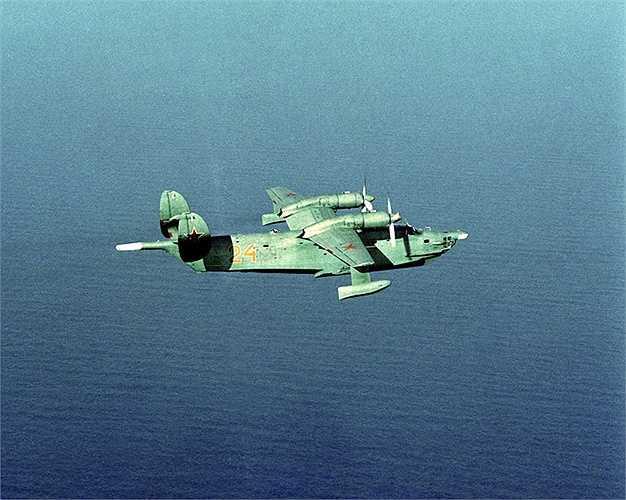 Máy bay đổ bộ Beriev Be-12