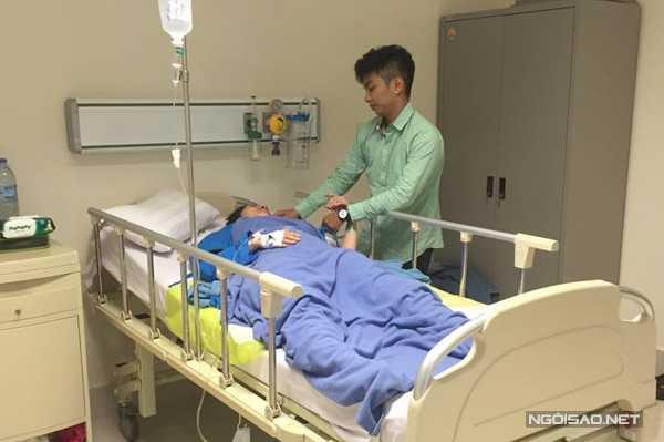 Gần 5 tiếng sau ca sinh mổ Khánh Thi mới tỉnh dậy, nữ hoàng dance sport bật khóc khi thấy Phan Hiển.
