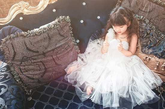 Cô bé đang là một trong những người mẫu nhí vô cùng đắt giá, là cái tên quen thuộc của nhiều nhiếp ảnh gia chuyên nghiệp.