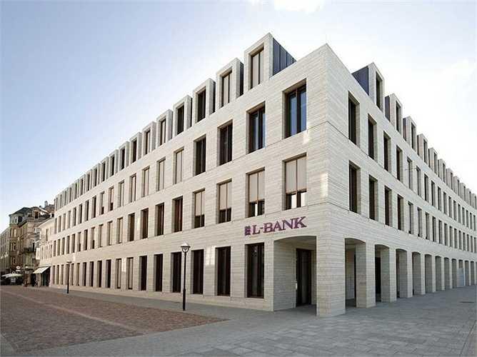 4. Ngân hàng L-Bank  Quốc gia: Đức  Tài sản: 96.733.000 USD  Điểm tín nhiệm Fitch: AAA / Moody: Aaa / S & P: AAA