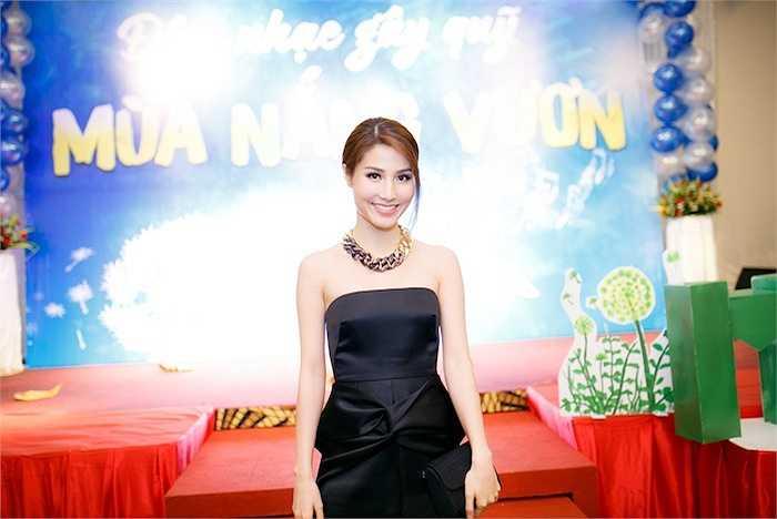 Đồng hành cùng Quang Đăng với vai trò đại sứ chiến dịch 'Mùa hè xanh' là diễn viên điện ảnh Diễm My.
