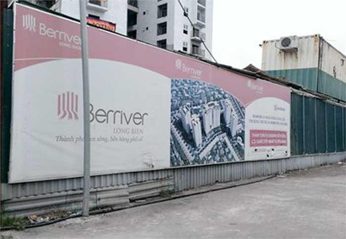 CTCP Đầu tư xây dựng số 9 (Hanco 9) nợ 99,7 tỷ đồng tại Dự án Beriver tại phường Bồ Đề, quận Long Biên.