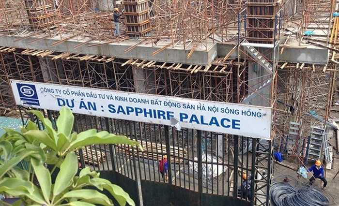 Hay dự án Sapphire Palace do Công ty CP đầu tư và KDBĐS HN Sông Hồng cũng nợ gần 11 tỷ đồng tiền thuế và đang được rao bán với giá từ 23-28 triệu đồng/m2.