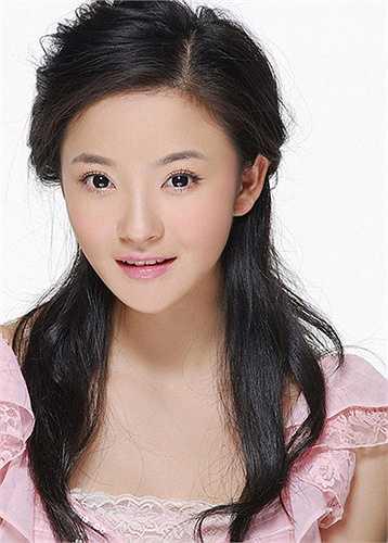 Vẻ đẹp thuở mới vào nghề của Lưu Vũ Hân.