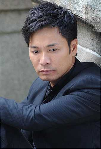 Ở tuổi 51, Quách Tấn An vẫn chứng tỏ được phong độ của mình khi lên ngôi Thị Đế với bộ phim Thiên thần hay ác quỷ năm 2014. Đây là lần thứ ba anh giành ngôi vương xuất sắc này của TVB. Trong cuộc sống, Tấn An có một gia đình êm ấm cùng 2 người con ngoan và vợ đảm, Âu Thanh Di.