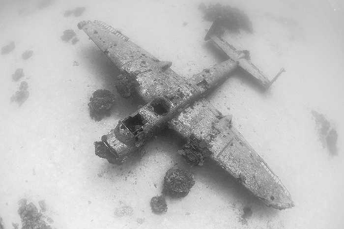 Quân đội Mỹ đã bỏ lại những chiếc máy bay này do chi phí vận chuyển từ đảo san hô Kwajalein về nước quá cao