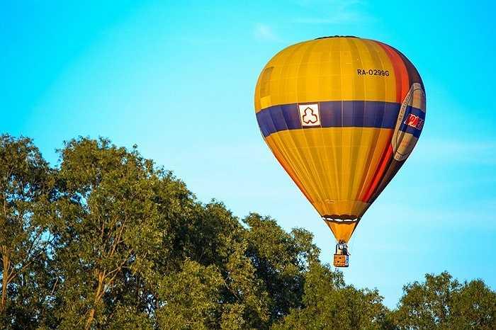 Các khinh khí cầu sẽ bay lên vào sáng sớm, thời điểm áp suất không khí thuận tiện cho quá trình bay
