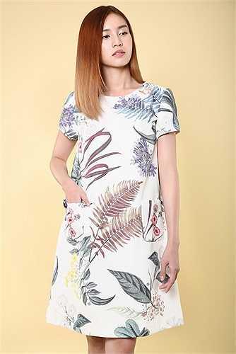 Các thiết kế mới nhất từ thương hiệu Công Trí  mang đến một luồng gió mới cho các cô gái trẻ thành thị, giữ vẹn nguyên sự nữ tính và thanh lịch nhưng đâu đó lại thấp thoáng tính sáng tạo và đầu tư vào tiểu tiết vốn làm nên tên tuổi của một trong các chân dung sáng tạo thời trang hàng đầu Việt Nam.