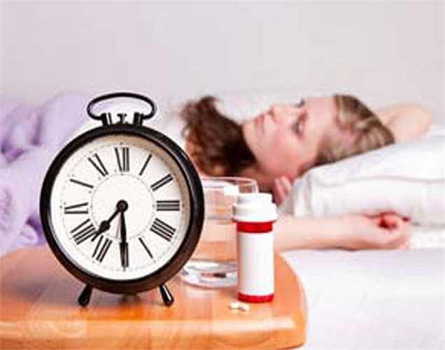Thiếu thuốc cho bệnh huyết áp cao và bệnh tiểu đường: Hai căn bệnh này rất phổ biến chủ yếu là do lối sống và chế độ ăn uống không lành mạnh. Nó dần dần làm hỏng thận của bạn. Tuy nhiên nếu bạn dùng thuốc đúng cách, những thiệt hại có thể được ngăn chặn.