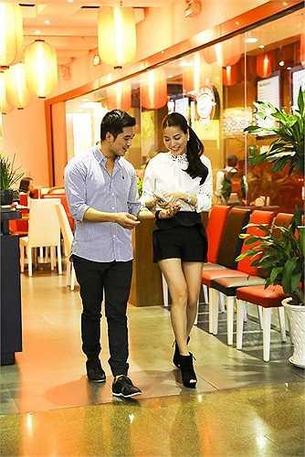 Tối 21/07, Trương Ngọc Ánh đã có buổi tiếp xúc đầu tiên với diễn viên quốc tịch Australia.