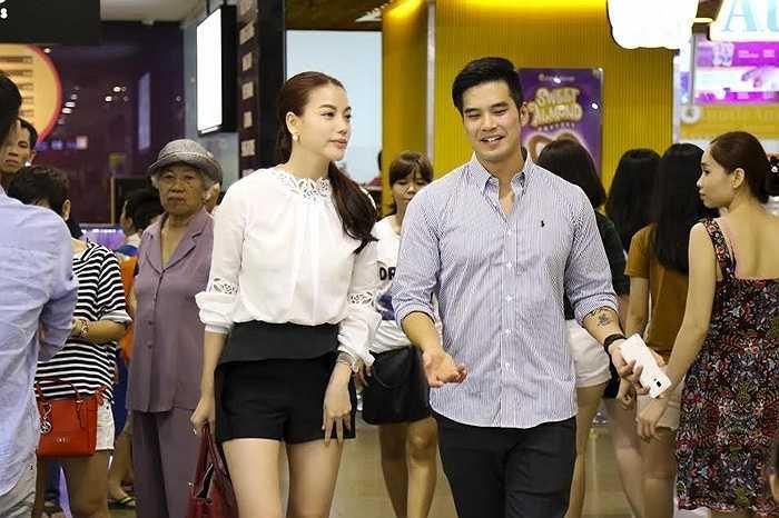 Sau cuộc tiếp xúc đầu tiên, nam diễn viên điển trai quyết định sẽ có mặt tại buổi casting phim 'Đồng minh' của Trương Ngọc Ánh vào đầu tháng 8 tới.  (Quang Tâm - Ảnh: Cao Minh Mẫn)