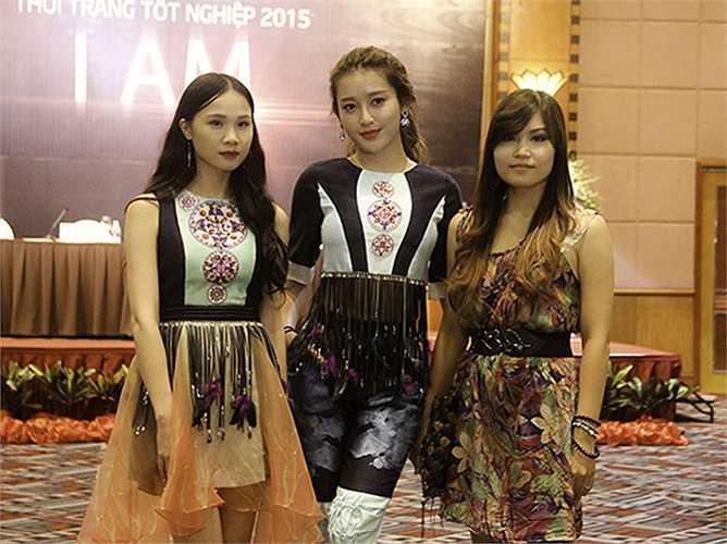 Á hậu Huyền My cho biết chọn trang phục của nhà thiết kế sinh viên Lê Mỹ Linh để tham dự sự kiện này vì cho rằng bộ trang phục rất cá tính và phù hợp với cô.