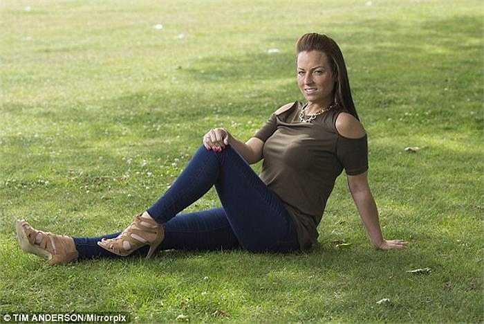 Sau phẫu thuật, vòng 3 của Heidi đã có hình dáng trở lại và cô có thể đứng ngồi thoải mái, không bị đau như trước.