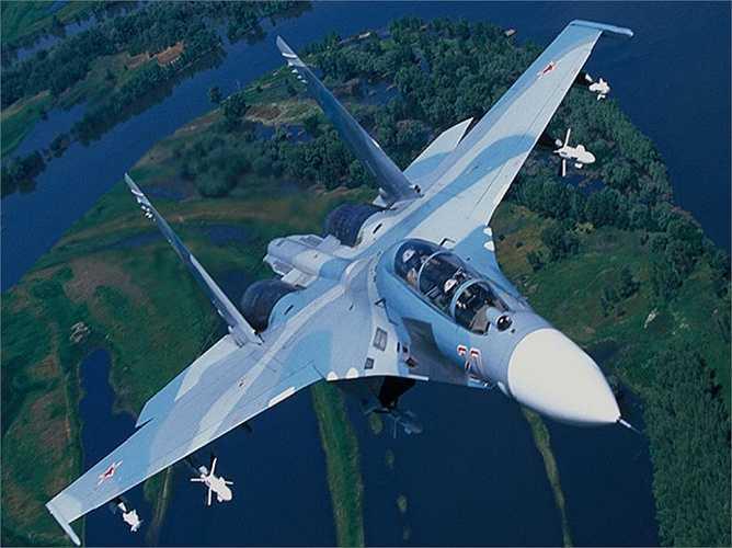 Máy bay Su-27UBK là chiến cơ siêu âm thế hệ thứ tư của Nga