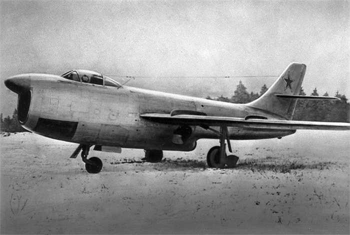 Một biến thể của máy bay Su-15