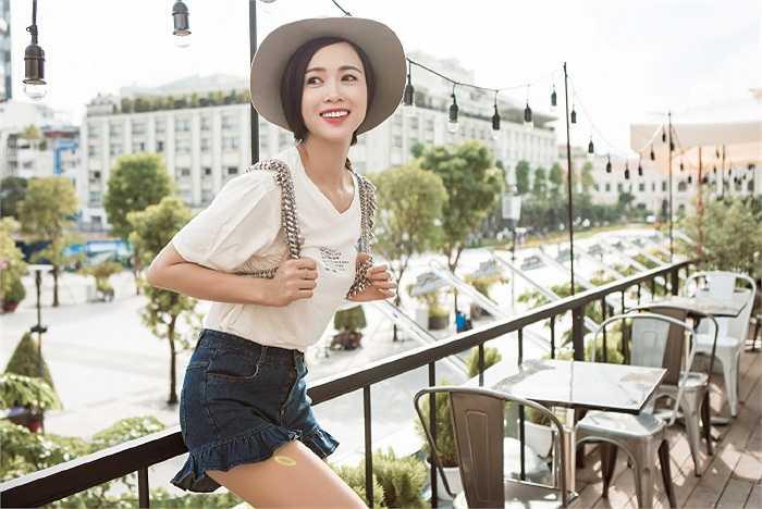 Ngắm bộ ảnh phong cách thời trang đường phố của Vũ Ngọc Anh.