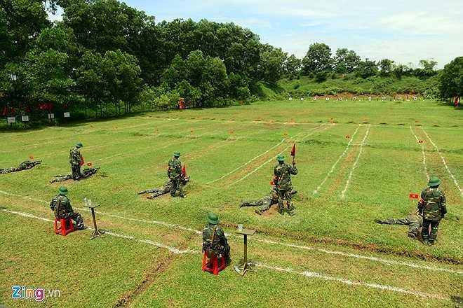 Ngày 21/7/2014, tại trường bắn Trung đoàn Bộ binh Cơ giới 102 (Sư đoàn 308, Quân đoàn 1), hơn 500 học viên quân sự của Tập đoàn viễn thông Quân đội bước vào kiểm tra bắn đạn thật sau một tháng huấn luyện.