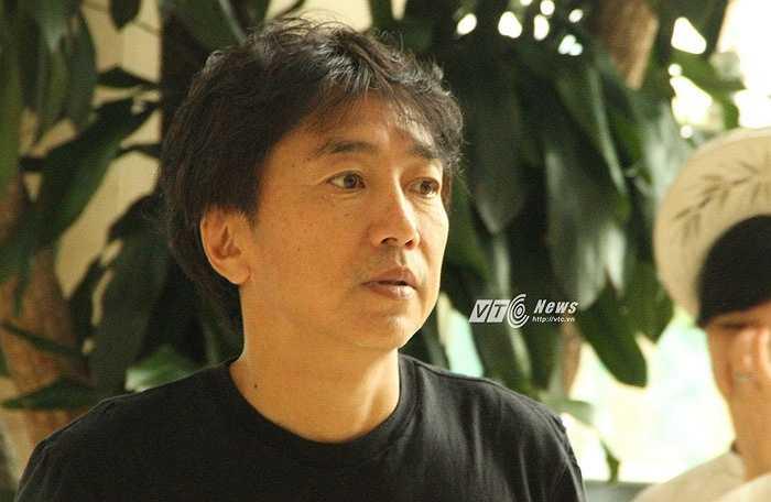 HLV Miura khẳng định không thể đá biểu diễn với Man City và cách biệt đẳng cấp giữa hai đội là rất lớn.(Ảnh: Vân Nga)