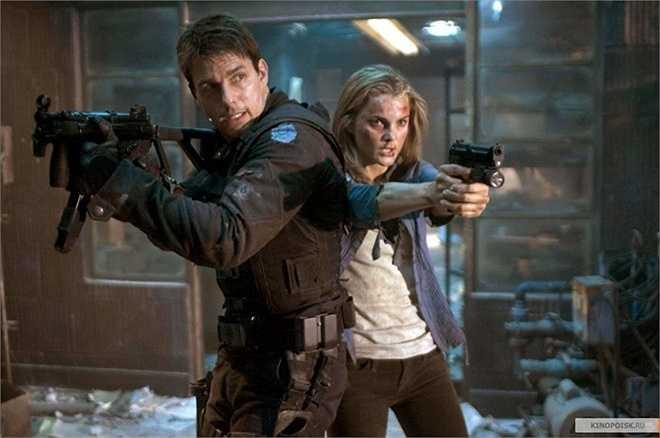 Keri Russell: Lindsey Farrris không xuất hiện nhiều trong Mission: Impossible III, bởi đây chính là học trò mà Ethan Hunt có nhiệm vụ giải cứu. Song, trong khoảng thời gian ngắn ngủi, cô vẫn có cơ hội thể hiện các pha hành động bên cạnh người hùng của loạt phim.