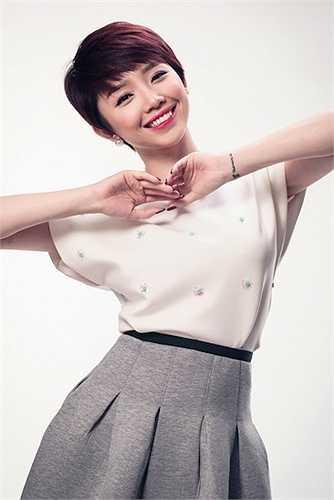 Nữ ca sỹ Tóc Tiên cũng được đánh giá là một trong những mỹ nhân có khuôn mặt đẹp nhất nhì làng giải trí Việt