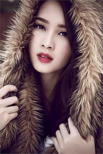 Cận cảnh khuôn mặt xinh đẹp của Đặng Thu Thảo