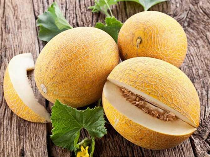 Dưa vàng có mùi thơm là dấu hiệu tốt nhất để nhận biết quả dưa đã chín.