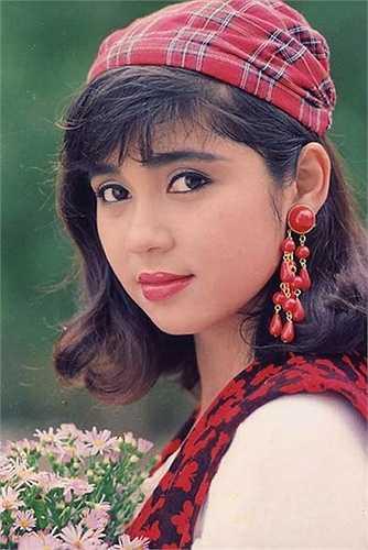 Việt Trinh là một trong những mỹ nhân Việt 'đình đám' nhất những năm 90.