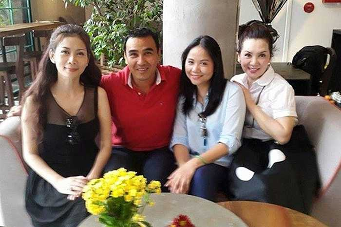 Diễm Hương hiện đang có một mái ấm hạnh phúc bên chồng và các con tại Canada. Thi thoảng, cô quay về Việt Nam thăm bạn cũ.