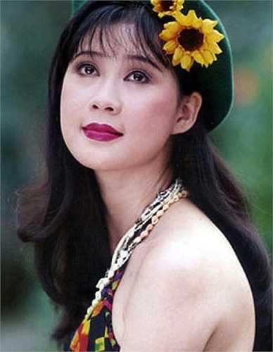 Dù nổi tiếng song Diễm Hương có cách sống rất giản dị.