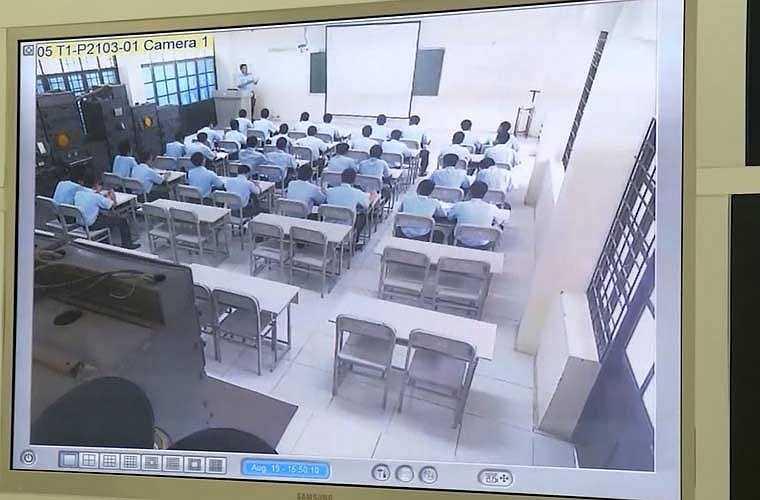 Học viện lắp đặt hệ thống camera quản lý giờ học của các học viên và giảng viên khi lên lớp.
