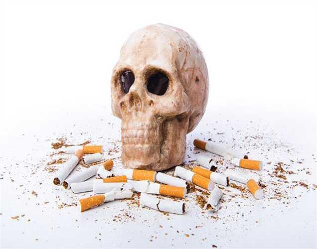 Hút thuốc: Nếu bạn hút thêm một điếu thuốc vào lúc nửa đêm, bạn sẽ  không thể ngủ sau nhiều giờ, vì hút thuốc gây kích thích và làm bạn tỉnh ngủ. Nó làm ngăn cản giấc ngủ của bạn.