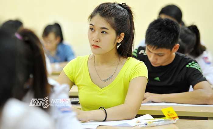 Thí sinh dự thi kỳ thi THPT quốc gia 2015